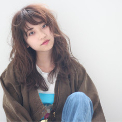 秋 フェミニン 透明感 ミディアム ヘアスタイルや髪型の写真・画像