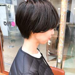 マッシュショート ショートヘア 黒髪 マッシュ ヘアスタイルや髪型の写真・画像