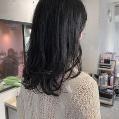 アッシュグレージュ ナチュラル グレージュ ブルージュ ヘアスタイルや髪型の写真・画像