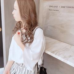 透明感 イルミナカラー オフィス セミロング ヘアスタイルや髪型の写真・画像
