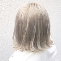 ハイトーン ボブ ストリート ダブルカラー ヘアスタイルや髪型の写真・画像