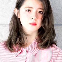 透明感 卵型 くせ毛風 ミディアム ヘアスタイルや髪型の写真・画像