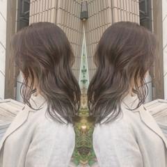 パーマ オフィス デート ミディアム ヘアスタイルや髪型の写真・画像