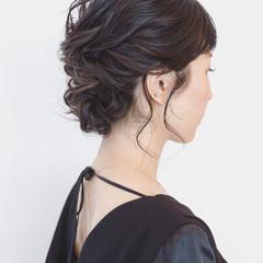 編み込み 上品 ツイスト エレガント ヘアスタイルや髪型の写真・画像