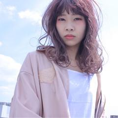 フェミニン 外国人風カラー ベージュ ピンク ヘアスタイルや髪型の写真・画像