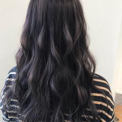 ラベンダーアッシュ ハイライト コンサバ ラベンダーグレー ヘアスタイルや髪型の写真・画像