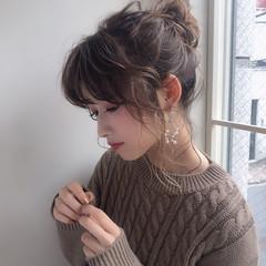 結婚式 ガーリー 簡単ヘアアレンジ セミロング ヘアスタイルや髪型の写真・画像