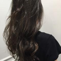 ストリート 外国人風 ロング 暗髪 ヘアスタイルや髪型の写真・画像