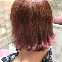 イルミナカラー ボブ ピンク デート ヘアスタイルや髪型の写真・画像