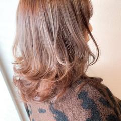 ミディアム 透明感カラー ゆるナチュラル カジュアル ヘアスタイルや髪型の写真・画像