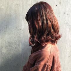 大人かわいい ボブ 秋冬スタイル ボルドー ヘアスタイルや髪型の写真・画像