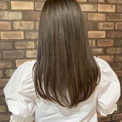 透明感 アディクシーカラー ロング ベージュ ヘアスタイルや髪型の写真・画像