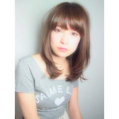 レイヤーカット 大人かわいい おフェロ 前髪あり ヘアスタイルや髪型の写真・画像