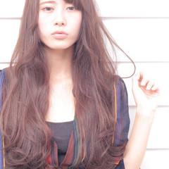 ゆるふわ 外国人風 パーマ アッシュ ヘアスタイルや髪型の写真・画像