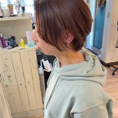 小顔ショート ナチュラル ショートヘア ショート ヘアスタイルや髪型の写真・画像