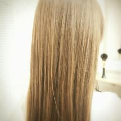 トリートメント サラサラ 艶髪 ハイトーン ヘアスタイルや髪型の写真・画像