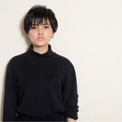 アッシュ 透明感 モード ショート ヘアスタイルや髪型の写真・画像
