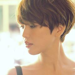 ショート 大人女子 似合わせ こなれ感 ヘアスタイルや髪型の写真・画像