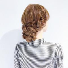 ヘアアレンジ デート オフィス フェミニン ヘアスタイルや髪型の写真・画像