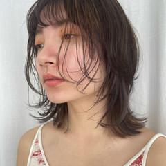 透明感カラー フェミニン インナーカラー 大人可愛い ヘアスタイルや髪型の写真・画像
