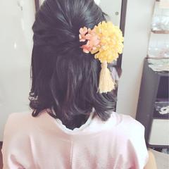 ミディアム ガーリー 謝恩会 ヘアアレンジ ヘアスタイルや髪型の写真・画像