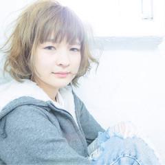 ストリート フェミニン 大人かわいい 外国人風 ヘアスタイルや髪型の写真・画像