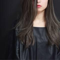 外国人風 モード 秋 アッシュ ヘアスタイルや髪型の写真・画像