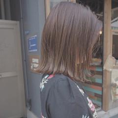 ミルクティー インナーカラー 外国人風 イルミナカラー ヘアスタイルや髪型の写真・画像