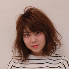 色気 エアリー パーマ ナチュラル ヘアスタイルや髪型の写真・画像