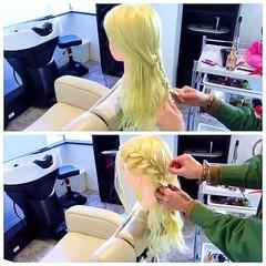 ショート 結婚式 簡単ヘアアレンジ フェミニン ヘアスタイルや髪型の写真・画像