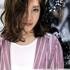 ミディアム ストリート ガーリー パンク ヘアスタイルや髪型の写真・画像