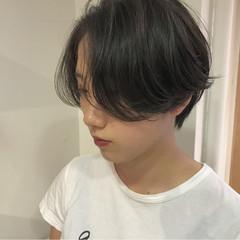 ナチュラル ショート 秋 黒髪 ヘアスタイルや髪型の写真・画像