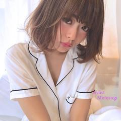 ミディアム 前髪あり ピュア ナチュラル ヘアスタイルや髪型の写真・画像