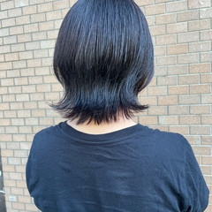 アッシュグレージュ アッシュグレー ナチュラル ウルフカット ヘアスタイルや髪型の写真・画像