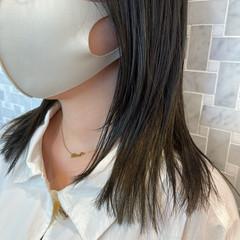 ナチュラル ウルフカット インナーカラー セミロング ヘアスタイルや髪型の写真・画像