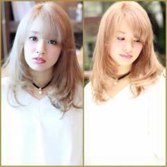 セミロング フェミニン ナチュラル モテ髪 ヘアスタイルや髪型の写真・画像