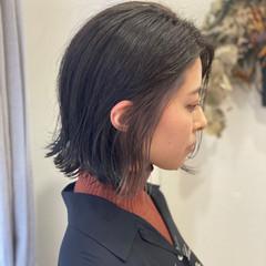 インナーカラー ボブ 外ハネボブ モード ヘアスタイルや髪型の写真・画像