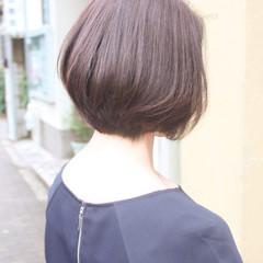 イルミナカラー 艶髪 ナチュラル ショート ヘアスタイルや髪型の写真・画像