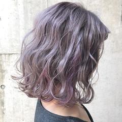 インナーカラー ラベンダー ピンク ストリート ヘアスタイルや髪型の写真・画像