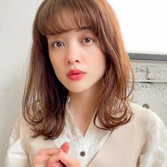 レイヤーカット 韓国ヘア ミディアム デジタルパーマ ヘアスタイルや髪型の写真・画像