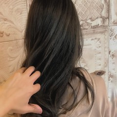 ロング 無造作パーマ ガーリー ゆるナチュラル ヘアスタイルや髪型の写真・画像