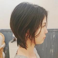 レイヤーカット モード レイヤー ウルフカット ヘアスタイルや髪型の写真・画像