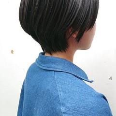 ナチュラル 美シルエット ショートボブ 簡単スタイリング ヘアスタイルや髪型の写真・画像