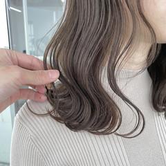 透明感カラー アッシュベージュ セミロング グレージュ ヘアスタイルや髪型の写真・画像