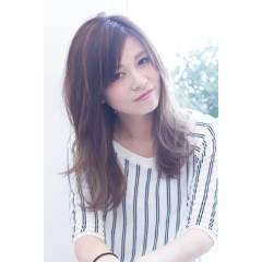 セミロング 外国人風カラー パンク ナチュラル ヘアスタイルや髪型の写真・画像