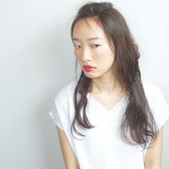 アッシュ 暗髪 アンニュイ ロング ヘアスタイルや髪型の写真・画像