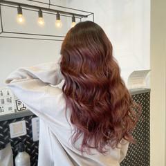ストリート レッド ロング カシスレッド ヘアスタイルや髪型の写真・画像