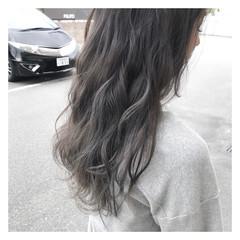 透明感 女子会 ウェーブ ストリート ヘアスタイルや髪型の写真・画像