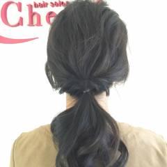 ローポニーテール 波ウェーブ 簡単ヘアアレンジ ポニーテール ヘアスタイルや髪型の写真・画像
