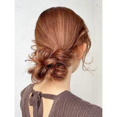 お呼ばれヘア ナチュラル ヘアアレンジ 可愛い ヘアスタイルや髪型の写真・画像